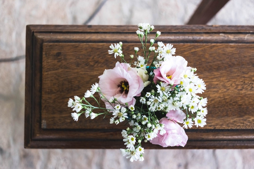 Different Ways to Save on The Cost of Funerals