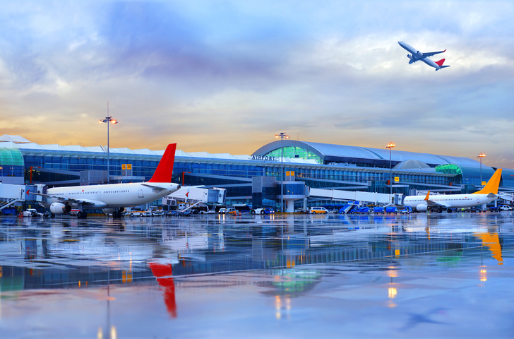 Aircraft Charter Chapman Freeborn Partners with Avia Solutions Group